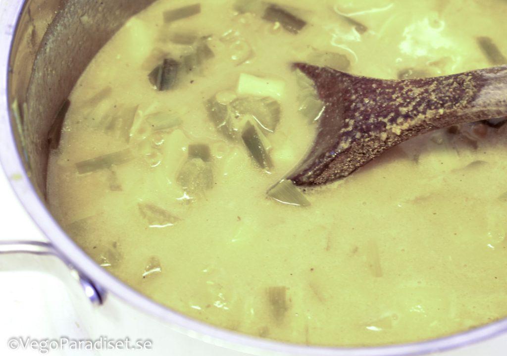 röda linser soppa med potatis